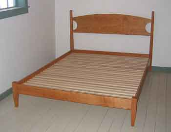 low post 4 poster bed