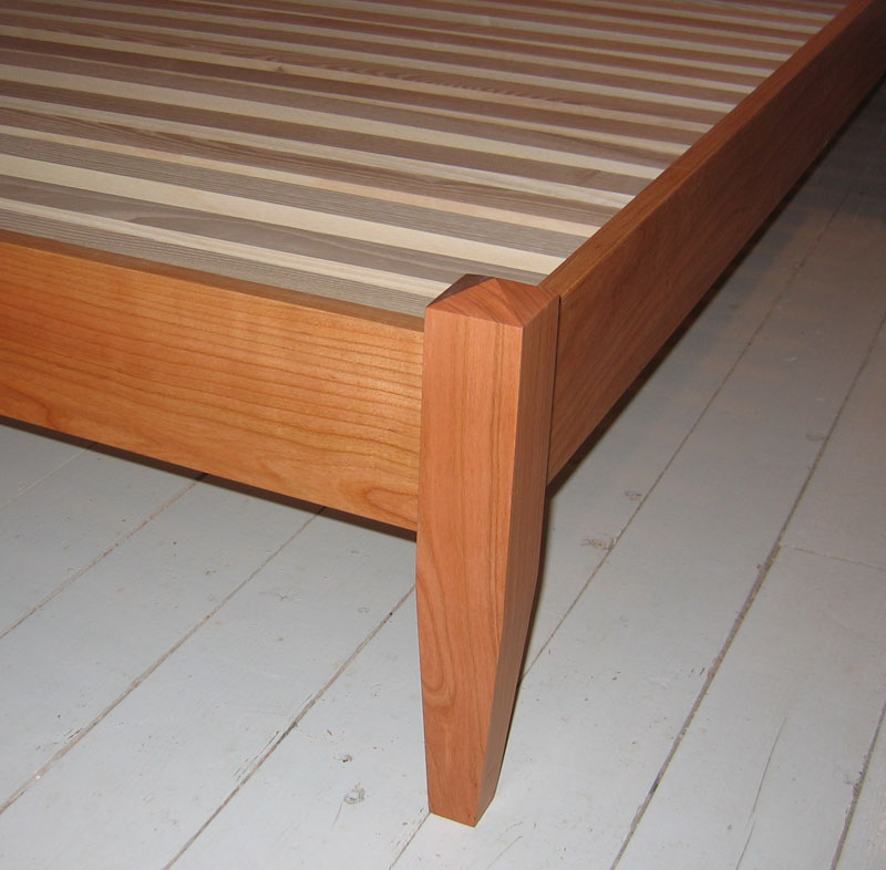 Low Post Four Poster Bed In Solid Cherry Maple Or Mahogany