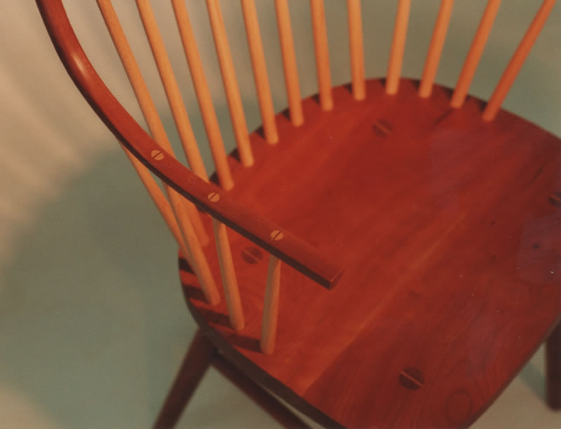 Handmade Continuous Arm Windsor Chair