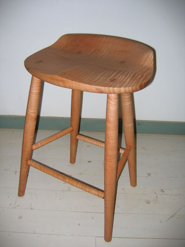 Wooden Tractor Seat Bar Stools images : tractor seat stool curly maple naturalfs from gallerily.com size 600 x 800 jpeg 46kB