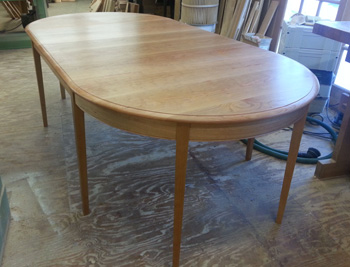 Round Oval Extension Tables Handmade In Vermont From Cherry Maple - Long oval dining table