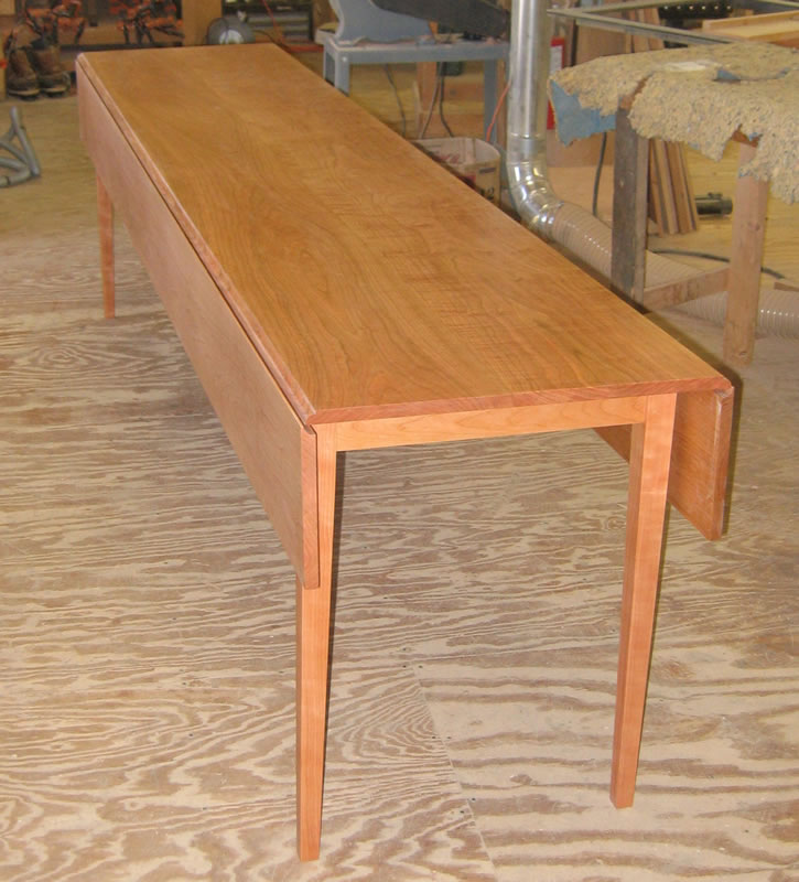 Oval Drop Leaf Harvest Table